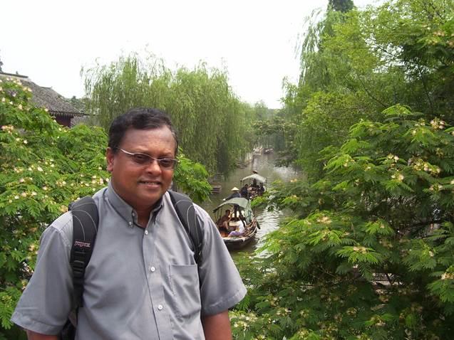 http://davidrajuh.net/reggie/Reggie-2006.jpg